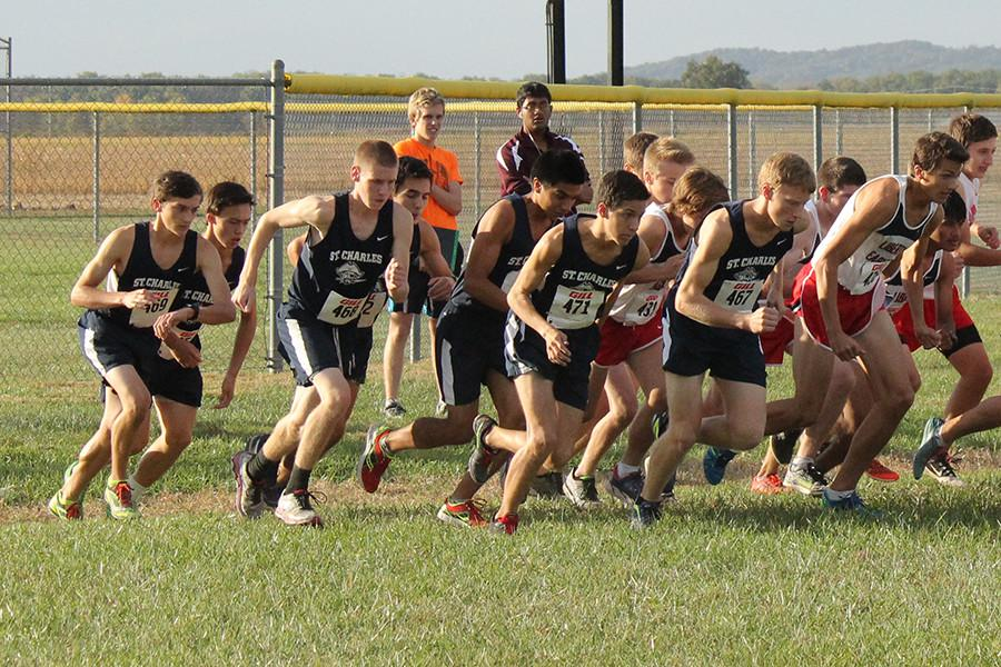 Boys varsity starts the race