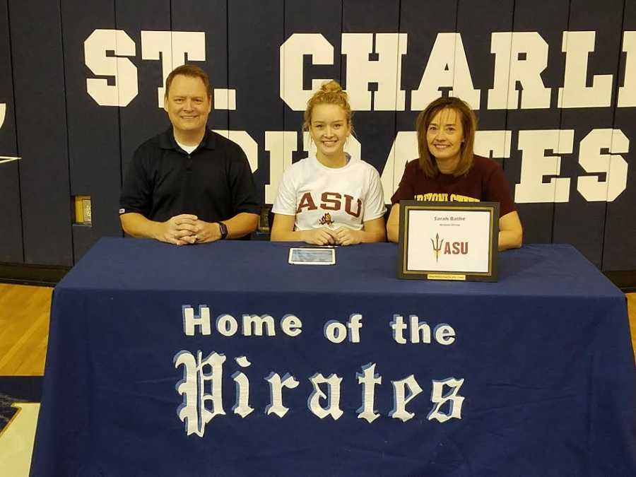 Sarah+Bathe+signs+her+NLI+to+Dive+for+Arizona+State+University